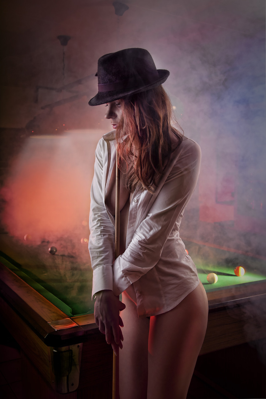 Nude on Billiard I ed.